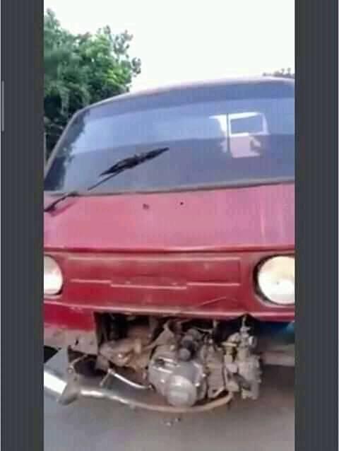 Kelakuan nyeleneh anak otomotif Berbagai sumber