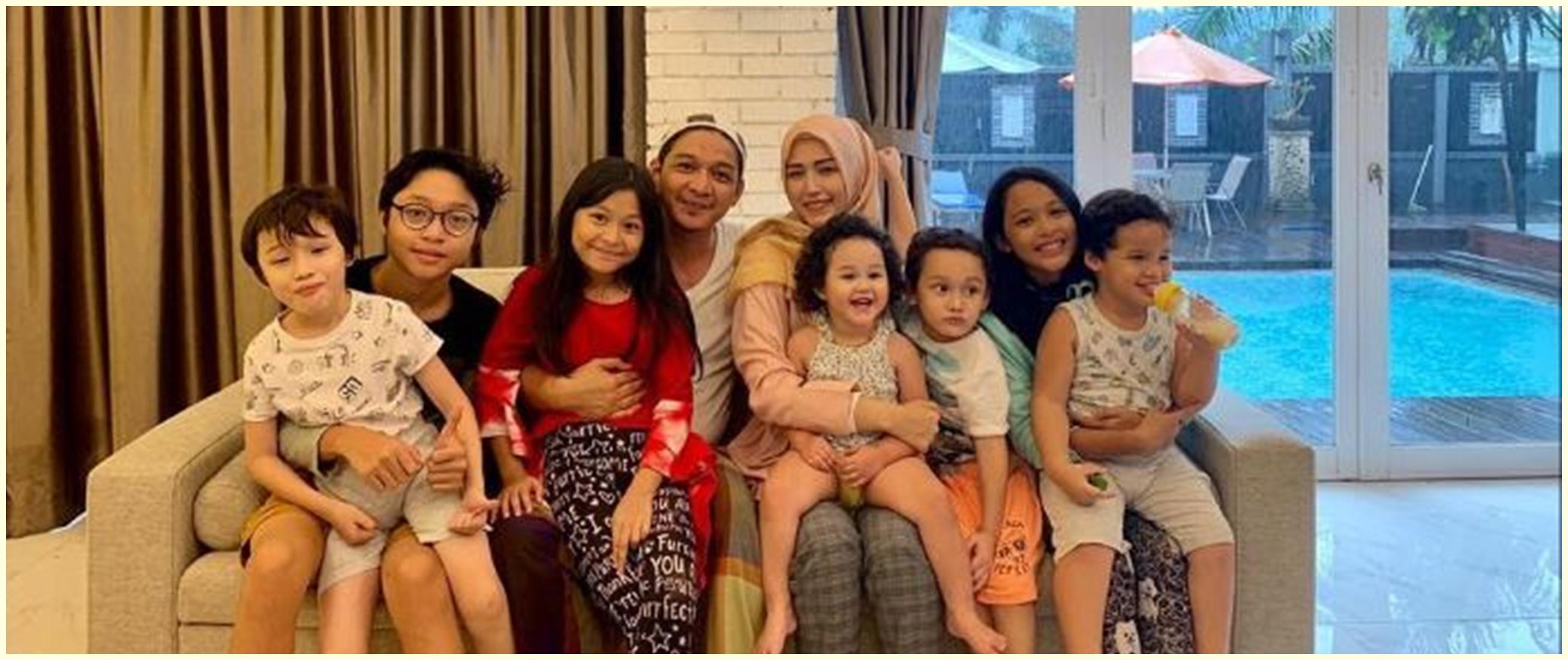 Beda ibu, ini 6 potret kebersamaan anak-anak Pasha Ungu