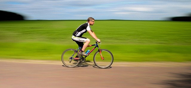 Bersepeda atau lari, mana yang lebih efektif turunkan berat badan?