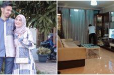 8 Potret apartemen Vebby Palwinta & Razi Bawazier, suasananya cozy
