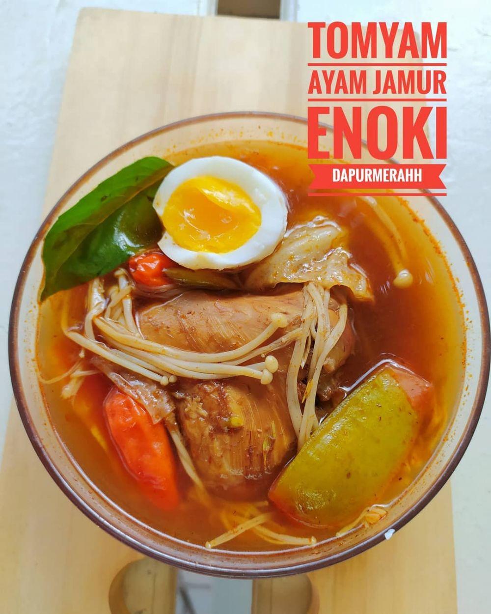 resep tom yam sederhana © 2020 brilio.net Instagram/@susie.agung ; Instagram/@linagui.kitchen