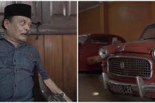 13 Potret rumah Haji Bolot, ada penampakan fotonya pakai toga