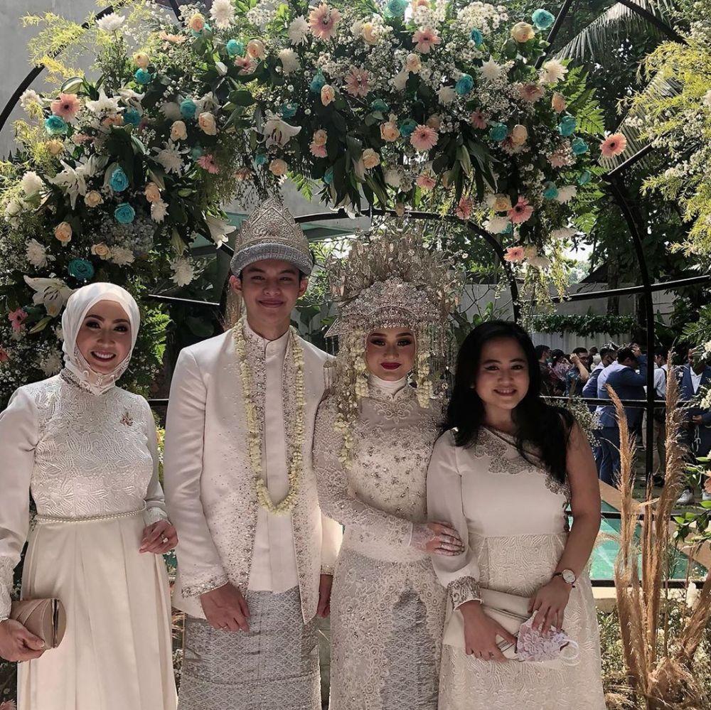 seleb hadiri pernikahan Dinda Hauw Instagram