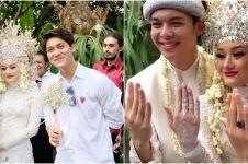 7 Potret Rizky Billar hadiri pernikahan Dinda Hauw dan Rey Mbayang