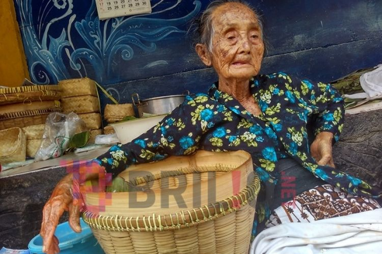 Mbah Lindu penjual gudeg legendaris Jogja meninggal dunia