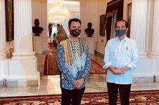 5 Momen Raffi Ahmad ketemu Presiden Jokowi, sepatunya bikin salfok
