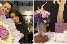11 Potret pesta ultah Ussy Sulistiawaty ke-40, kado spesial saat hamil