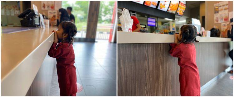 Kisah seorang anak pertama kali makan & kunjungi KFC ini bikin haru