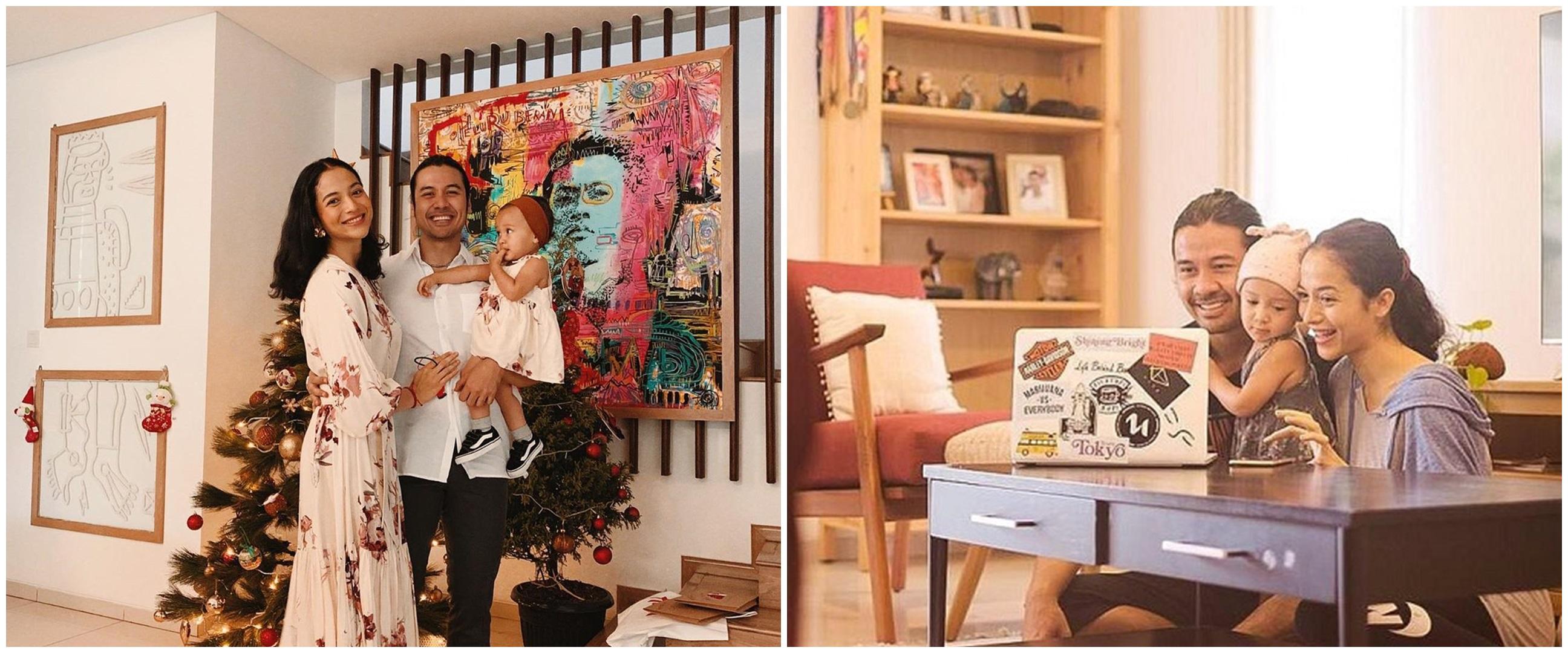 10 Potret rumah Chicco Jerikho dengan konsep mid-century, keren pol