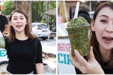Viral, food vlogger ini makan tahu gejrot dengan 130 cabai rawit