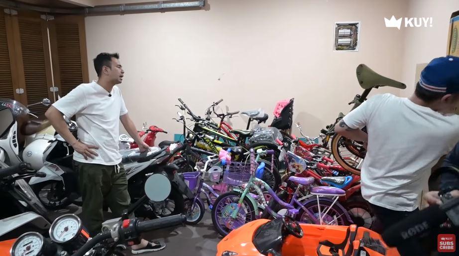 garasi sepeda seleb berbagai sumber