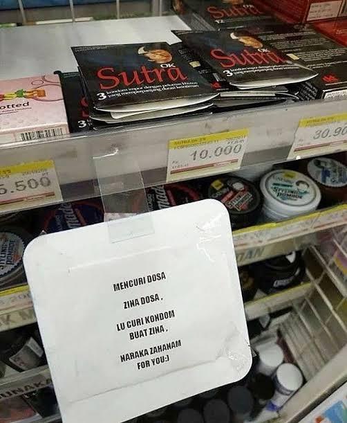 tulisan nyeleneh di minimarket berbagai sumber