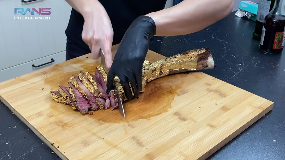 Nagita Raffi steak berlapis emas YouTube