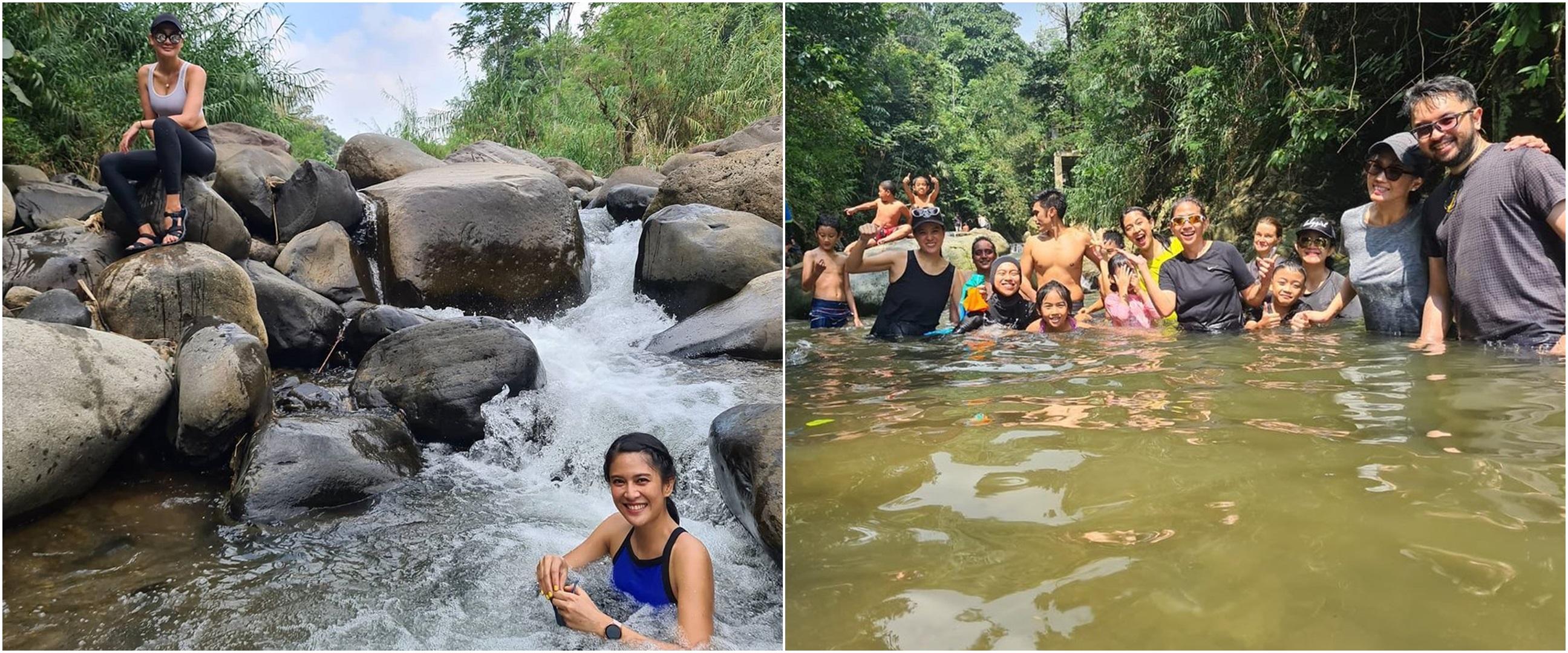 Momen 5 seleb mandi di sungai saat liburan di alam, seru abis