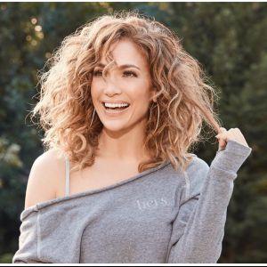 Awet muda berusia setengah abad, ini 10 rahasia cantik Jennifer Lopez
