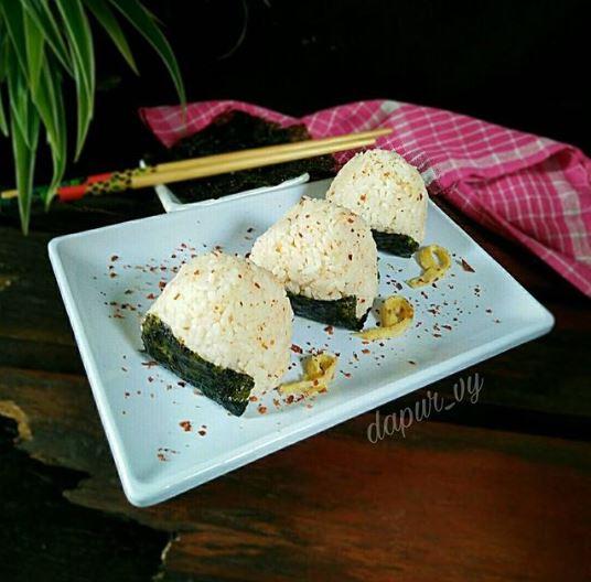 Resep onigiri enak © 2020 brilio.net