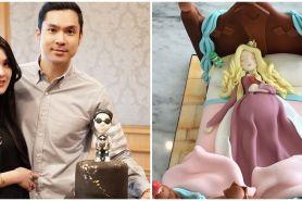 9 Potret kue ultah Sandra Dewi-Harvey Moeis dari pacaran sampai nikah