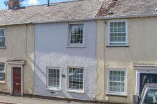 8 Potret 'rumah mewah pintu rahasia', harga capai Rp 3,5 miliar