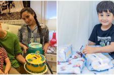 8 Potret kado mewah yang diterima Rafathar saat ulang tahun