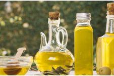 7 Manfaat minyak kelapa untuk kesehatan, jadi alternatif diet sehat