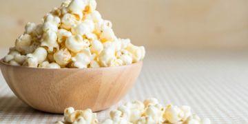 8 Manfaat popcorn untuk kesehatan, menurunkan kolesterol