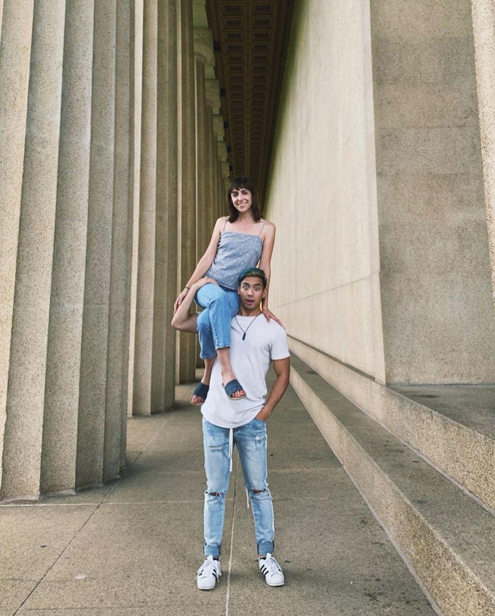 Yoshi Sudarso dan Sarah Instagram