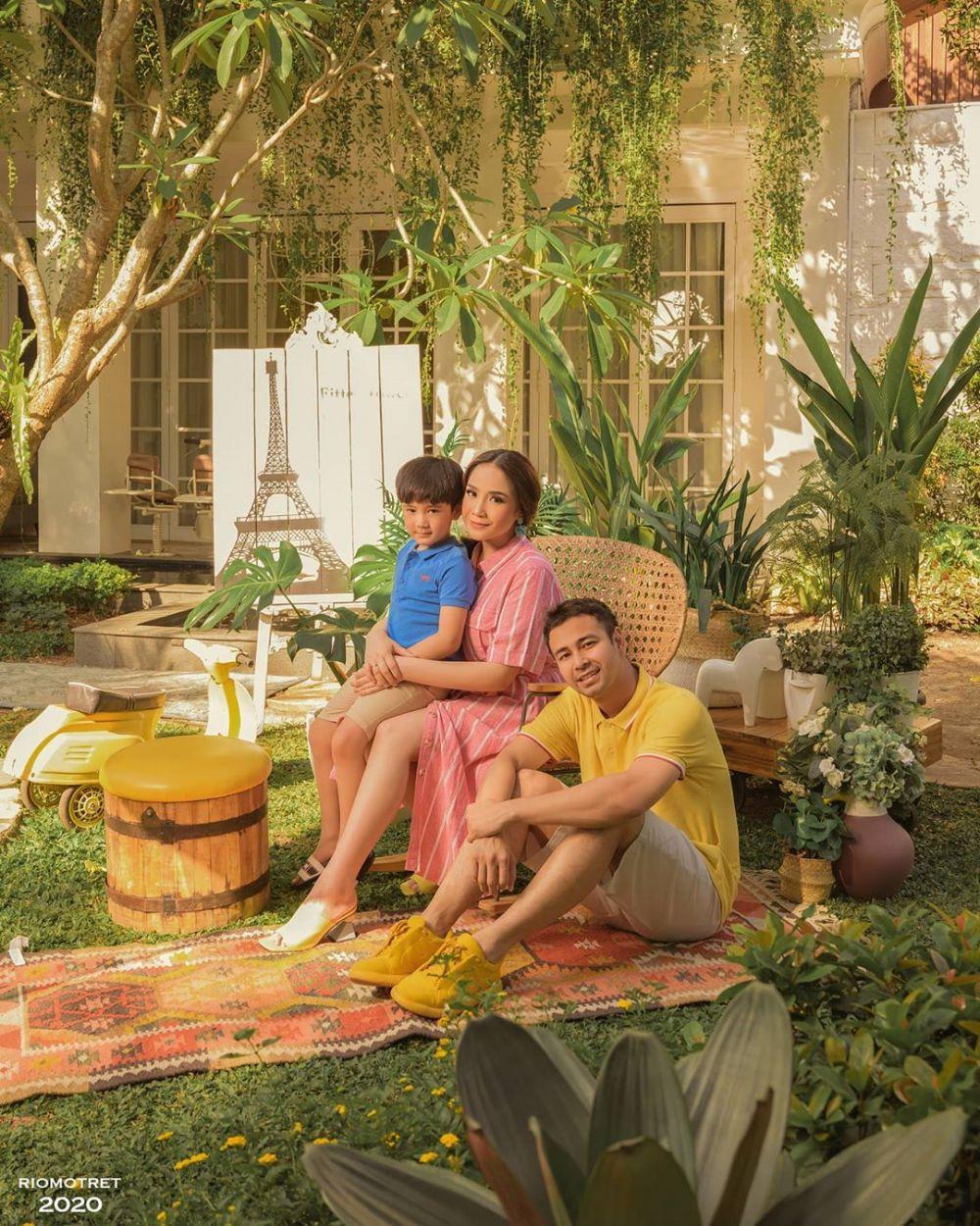 pemotretan Raffi Ahmad dan Nagita Slavina © 2020 berbagai sumber