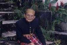 9 Fakta Andi Mattalatta, pernah menggebrak meja Presiden Soekarno