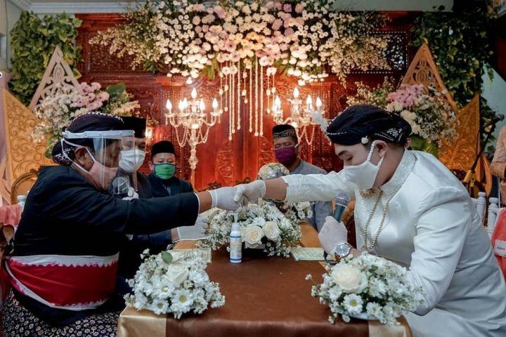 4 fakta unik menikah saat pandemi, virtual wedding bisa jadi solusi