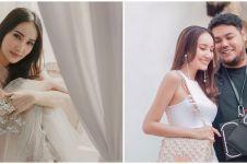 10 Potret Bella Aprilia, model yang juga teman dekat Ivan Gunawan