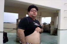 Diet turunkan 68 kg, 10 potret transformasi YouTuber ini bikin takjub