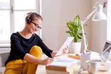 6 Tips belajar online biar kamu tambah pintar dan nggak mudah stres