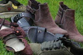 5 Cara membersihkan tas dan sepatu berbahan suede