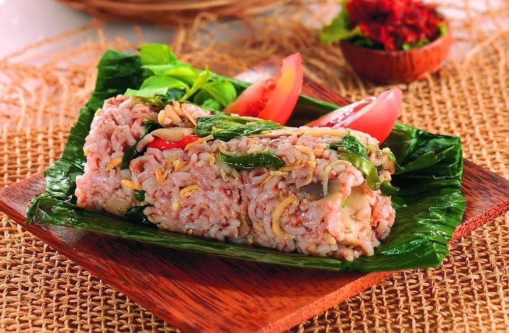 Resep kreasi olahan nasi merah © 2020 brilio.net