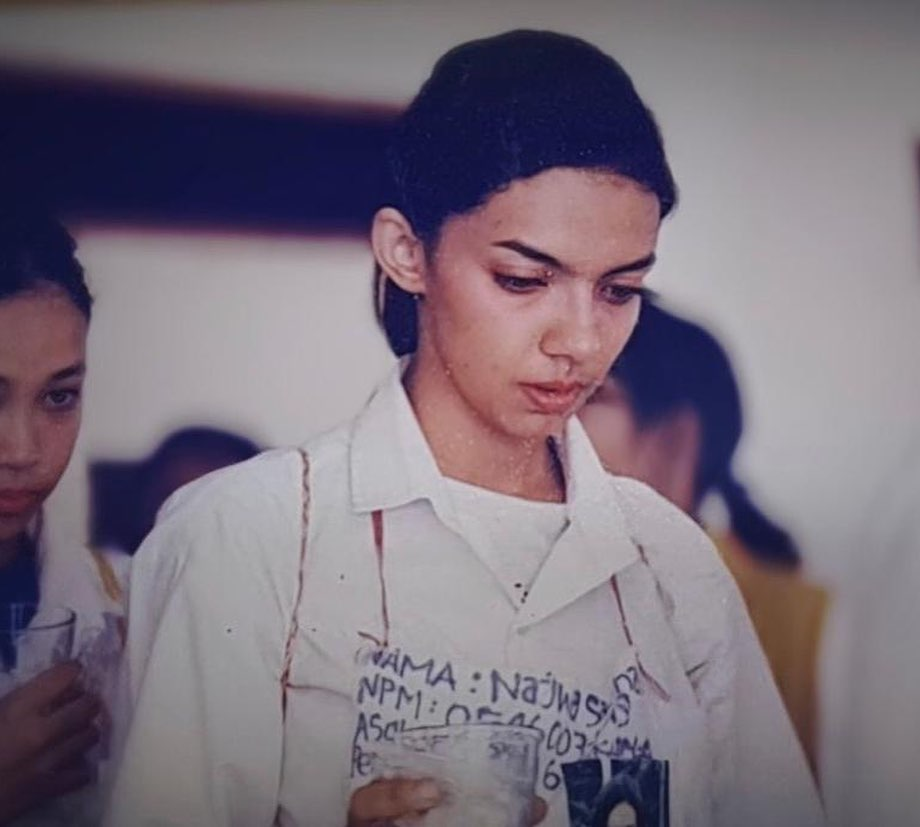 Potret jadul Najwa Shihab saat masih sekolah © 2020 brilio.net