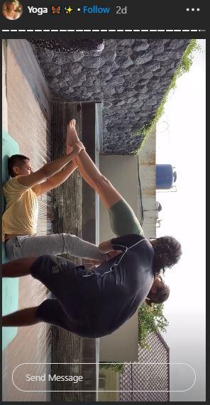 Awkarin yoga bareng pacar © 2020 brilio.net