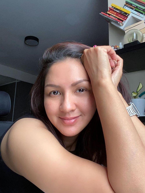 donna agnesia cantik natural Instagram