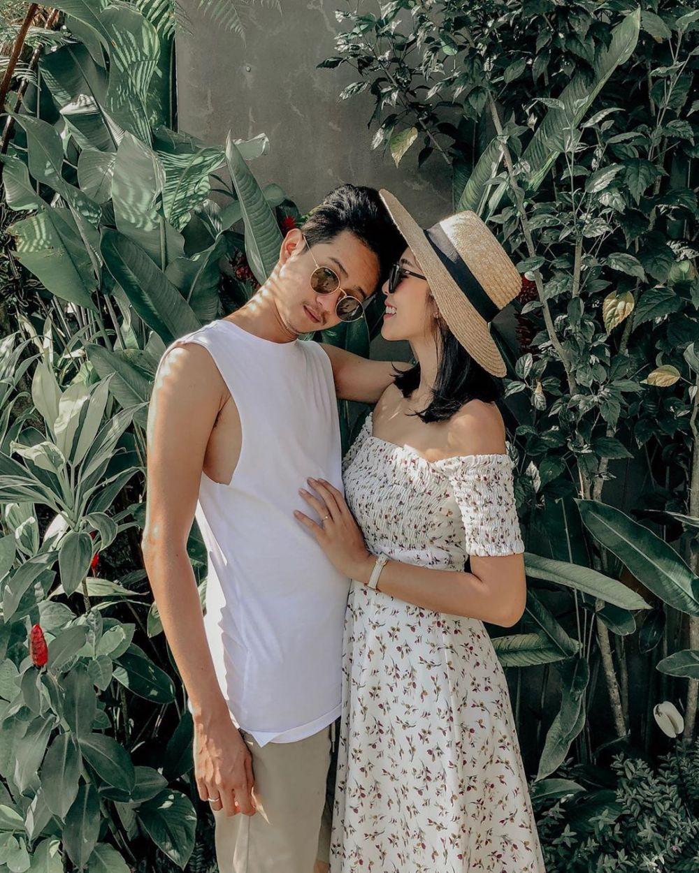 Yoga Arizona dan istri Instagram