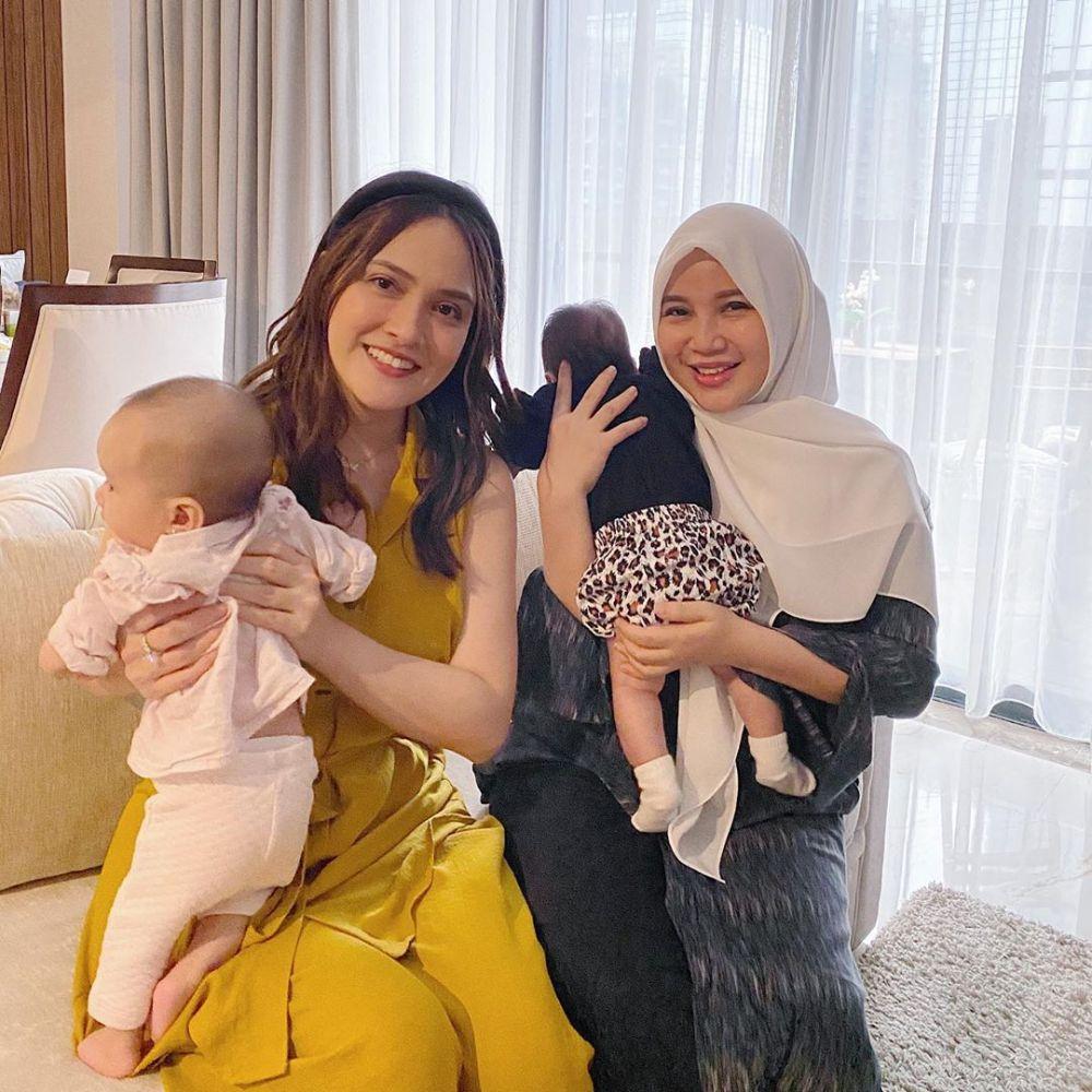 Chacha Frederica momong anak Instagram