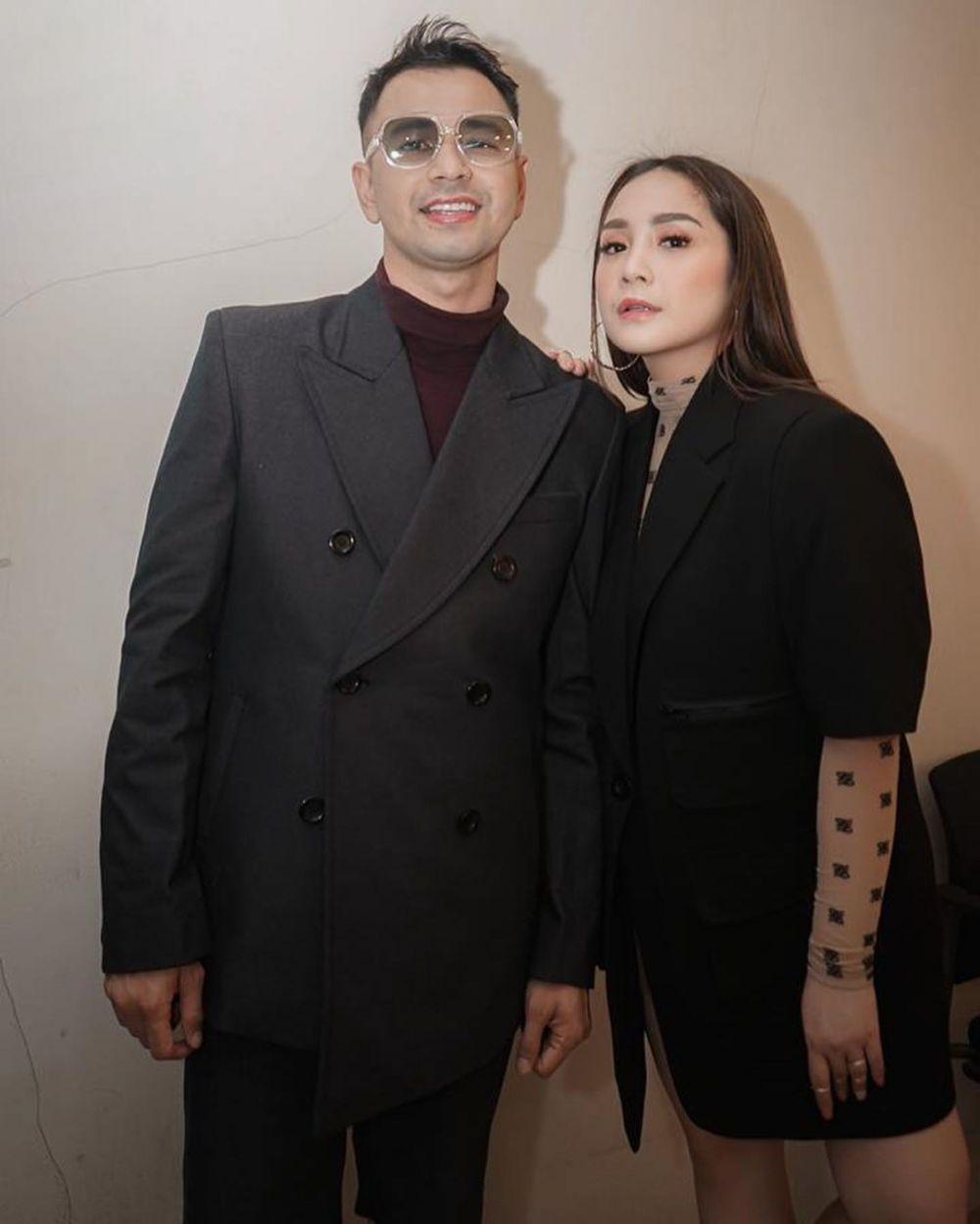 Seleb ini menikah dengan saudara kandung artis © 2020 brilio.net