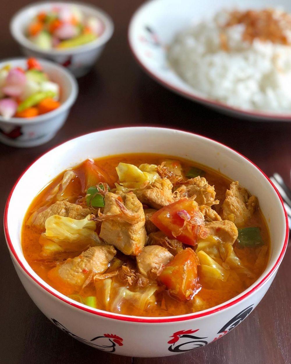 Resep olahan ayam ala restoran © 2020 brilio.net