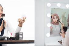 Adab berhias bagi wanita dan pria dalam Islam beserta doa bercermin
