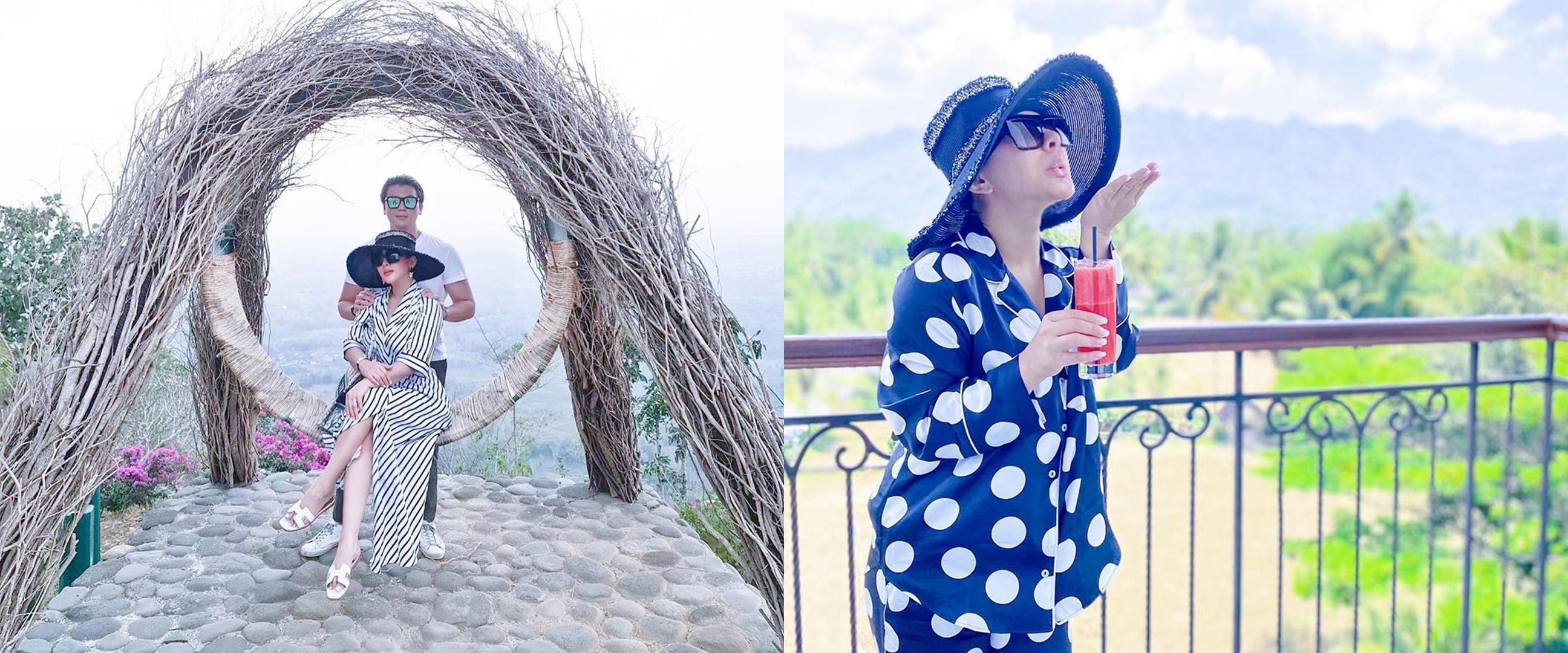 8 Gaya fashion Syahrini saat liburan, simpel tapi cetar