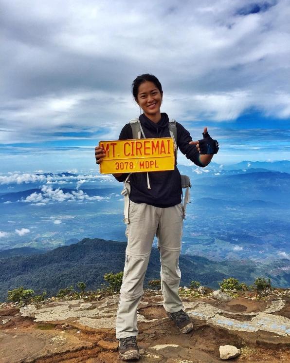 seleb ftv naik gunung Instagram