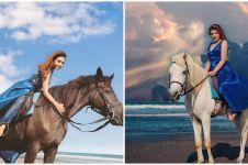 10 Gaya pemotretan Ashanty dan Aurel naik kuda, bak lukisan