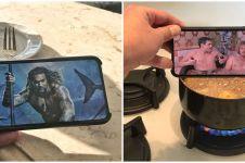10 Potret gabungan foto di handphone dan benda sekitar, pas banget