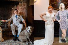 8 Potret pasangan yang nikah dengan cara unik, tamunya pakai cardboard