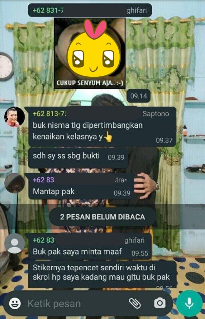 Chat minta maaf ke dosen Twitter