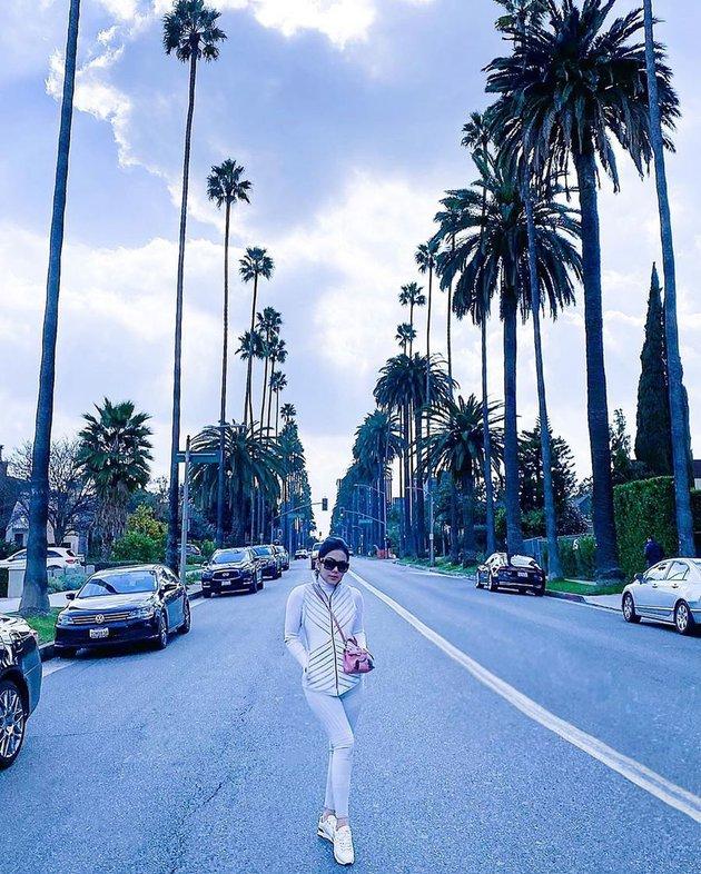 Syahrini di LA © 2020 brilio.net Instagram
