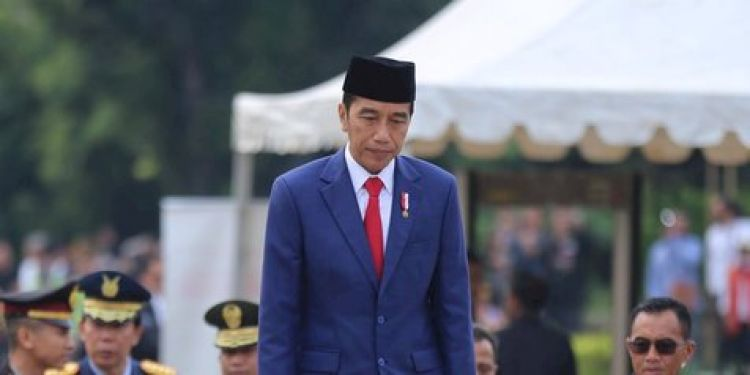 9 Hoaks UU Cipta Kerja yang dibantah Jokowi, salah satunya soal UMK